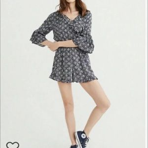 Abercrombie & Fitch ruffle patterned romper